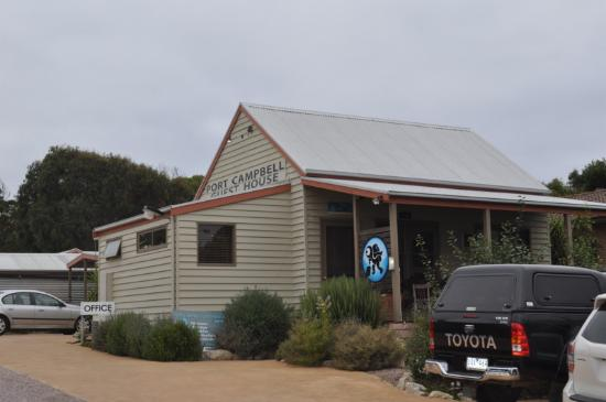 ‪Port Campbell Flash Packers and Guesthouse‬