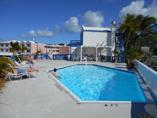 Holger Danske Hotel: pool deck