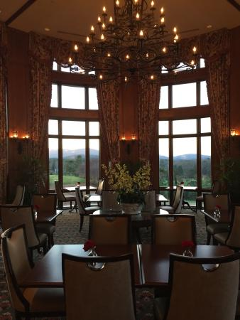 Library Lounge - Biltmore Estate