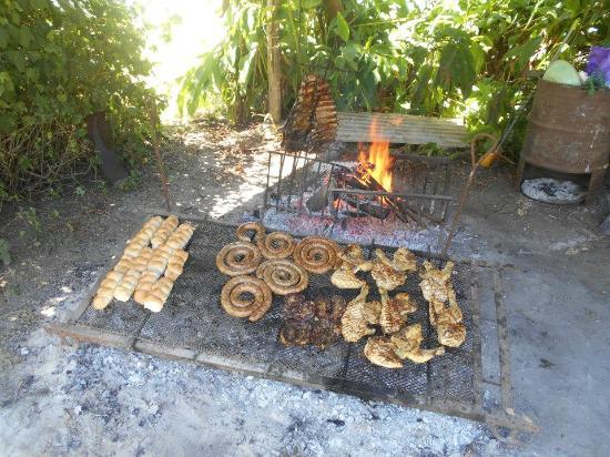 Villa Celina Turismo Rural: MUY BUENAS PARILLADAS (y otras comidas)