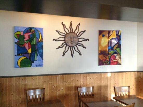 Cafe Del Sol: The decor and seating