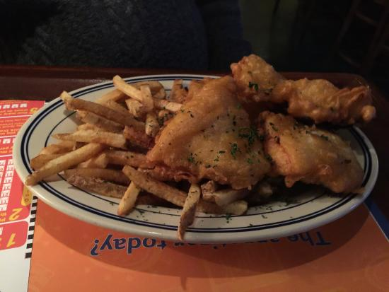 Greek Key Restaurant & Bar: Best fish and chips in Triple Cities area....Greek Nachos and all appetizers amazing....