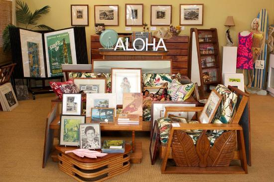 Mauna Kea Galleries