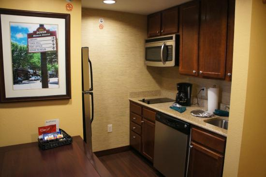 Homewood Suites Dover-Rockaway: Kitchen
