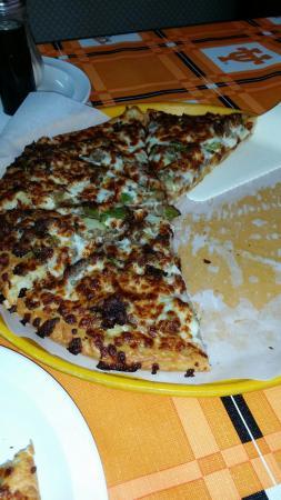 Bogata, Техас: Philly Cheese Steak Pizza