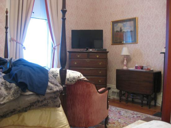 Hillard House Inn: Rose Room