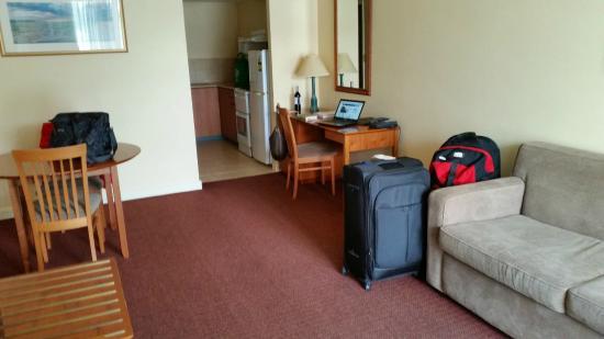 Tradewinds Hotel Fremantle : Nice little kitchenette