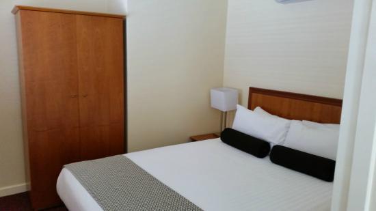 Tradewinds Hotel Fremantle : Comfortable bed
