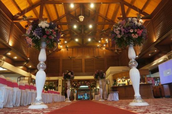 Golf Graha Famili Country Club Terrace Restaurant