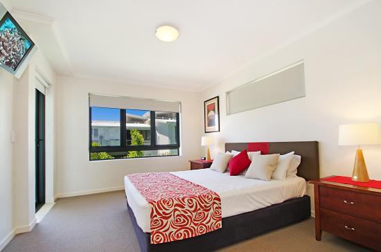 Sand Dunes Resort: Main Bedroom