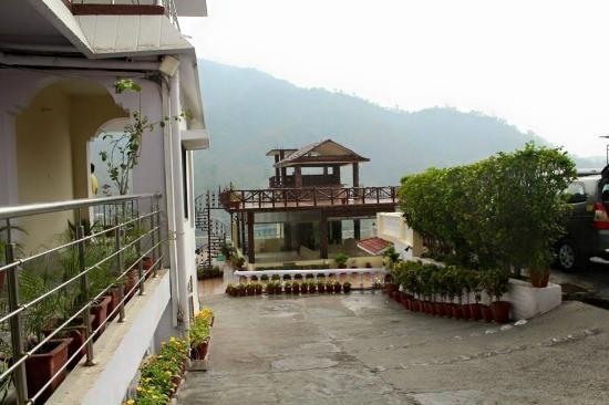 Terrace picture of divine resort rishikesh tripadvisor for Terrace jhula