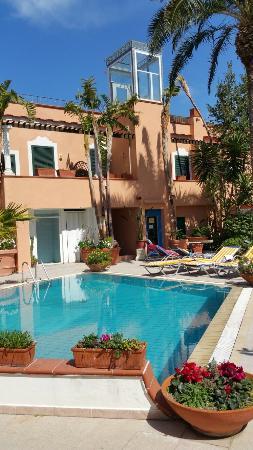 Hotel Terme Zi Carmela: Piscina.