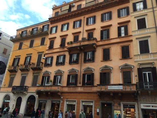 San Carlo Suite : lovely place to discover Rome