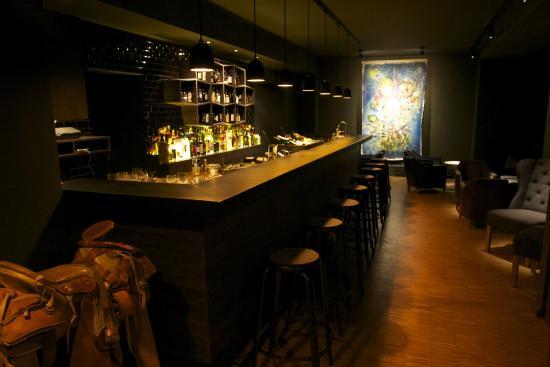 Bryk Bar
