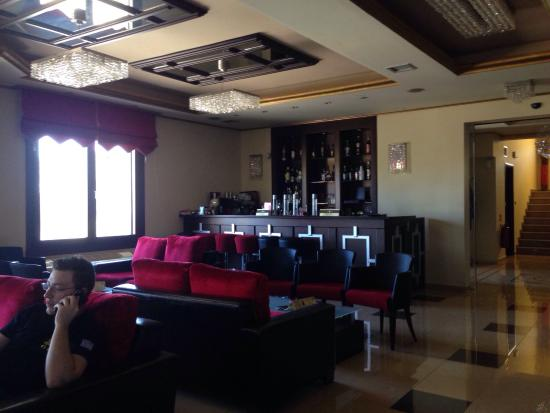 Symvoli, Grécia: Bar place.
