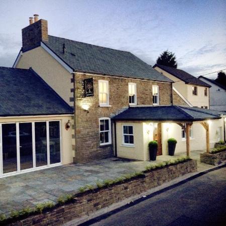 The Waun Wyllt Inn