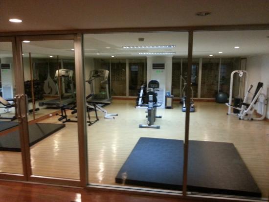 Viangbua Mansion: Gym