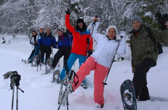 Rukatunturi, Finlandia: Snowshoe tours and fun outdoor activities