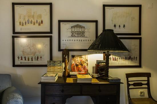 Casa de Santo Antonio de Britiande: Living room desk