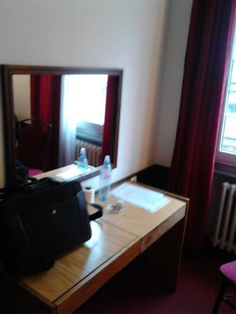 Royal Hotel: Chambre
