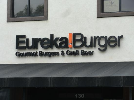 Eureka Burger: Front of the place