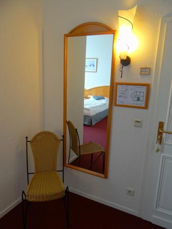 Hotel Villa Esplanade: Zweibettzimmer Nr. 19, 1. OG