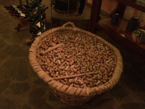 La Pecora Nera: Excelente el vino de la casa