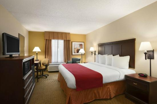 Country Inn & Suites By Carlson, Jacksonville I-95 South: Country Inn and Suites King Guest Room