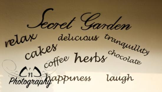 The Secret Tea Garden: getlstd_property_photo
