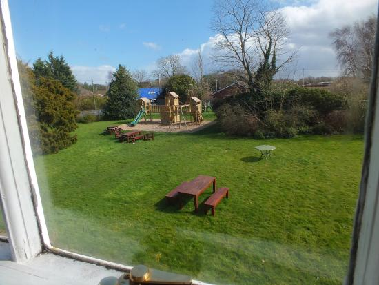 The Leagate Inn: view from revesby room