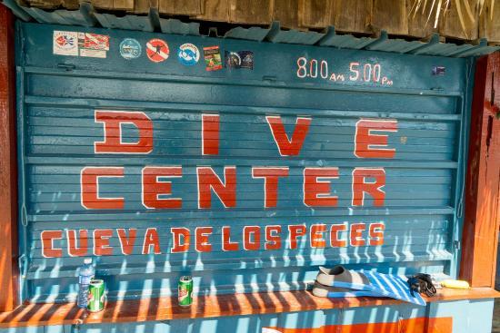 Cueva de Pesces : Dive Center El Cenote / Cueva de los Peces