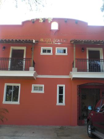 Hotel San Luis: Balcony rooms