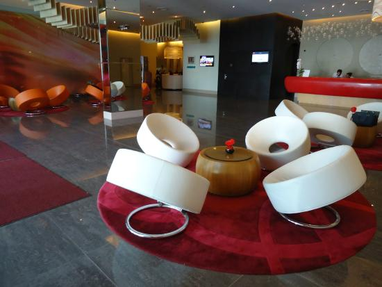 Ibis Mall Of The Emirates: lobby