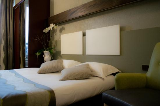 inter h tel le bristol strasbourg france voir les tarifs et 301 avis. Black Bedroom Furniture Sets. Home Design Ideas