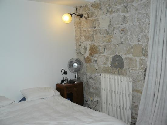Loft Paris: Bedsit room