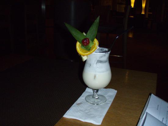 Leonardo Hotel Hamburg Airport: Det var drink med stil.