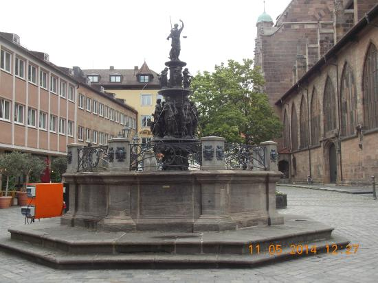 Tugendbrunnen
