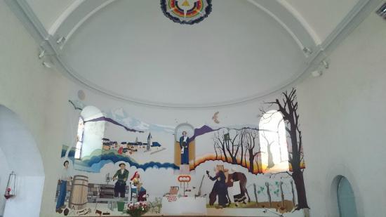 Estialescq, France : fresque