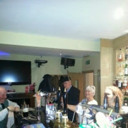 The Crown Hotel: Bar area with Owners, staff and Jack