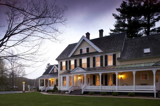 Jackson House Inn: A stunning Woodstock sunset