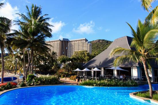 Reef Lounge Hamilton Island