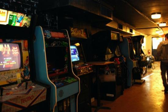 Classic Arcade Games - Picture of Strange Matter, Richmond