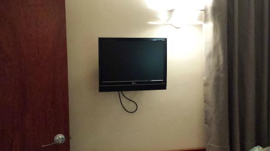 Hotel Garbi Millenni: tv piccolissima