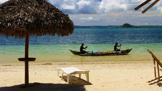 Ambanja, Madagaskar: Madagascar: Plage de Ramena