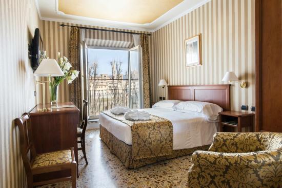 ホテル シッラ