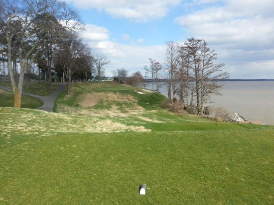 Kingsmill Resort: 17th Hole on the River Course