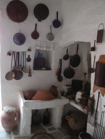 Ecological and Folklore Museum : Interior de la casa-museo