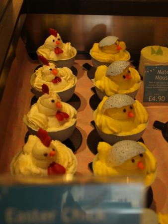 Maison Blanc - Oxford: Easter cakes available to buy.