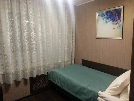 Sputnik Hotel : Одноместный номер на первом этаже N108
