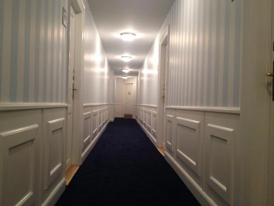Hotel Kirstine: Smukke gange